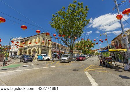 Penang, Malaysia - February 14,2019 : Street View Of Lebuh Cannon In Front Of Leong San Tong Khoo Ko