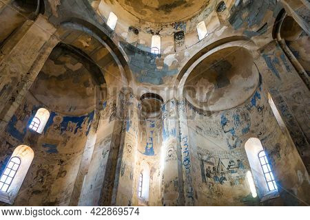 Main Hall Of Cathedral Of Holy Cross, Akdamar Island, Gevaş, Turkey. Walls Decorated By Ancient Mura