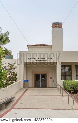 Santa Barbara, Ca, Usa - June 2, 2021: City College Facilities. Beige Building Of Health Technologie