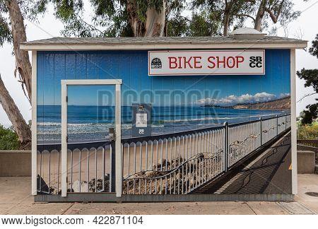 Santa Barbara, Ca, Usa - June 2, 2021: City College Facilities. Bike Shop Has Blue Wall Covering Pho