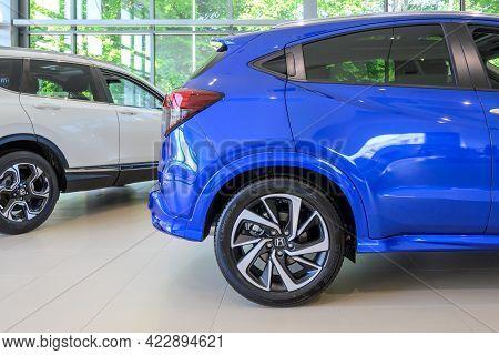 Gdansk, Poland - June 5, 2021: New Models Of Honda Hr-v And Cr-v Presented In The Car Showroom Of Gd