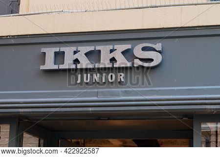Bordeaux , Aquitaine France - 05 27 2021 : Ikks Junior Logo Brand And Text Sign Store Of French Fash
