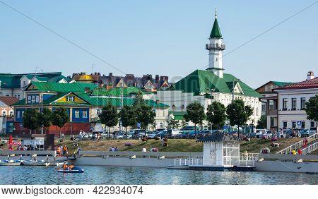 Kazan, Russia - July 16, 2018: Embankment Of The Lake Nizhny Kaban In The Historical Center Of Kazan