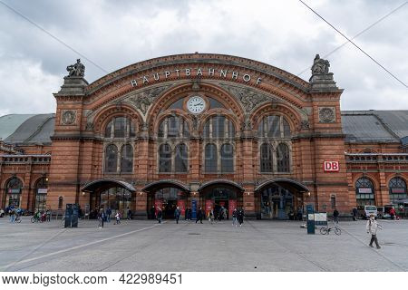View Of The Historic Main Train Station Building And Square In Downtown Bremen