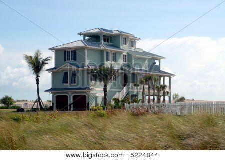 new beach home construction florida