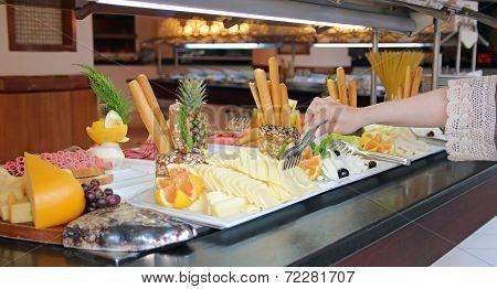 Buffet Breakfast Line