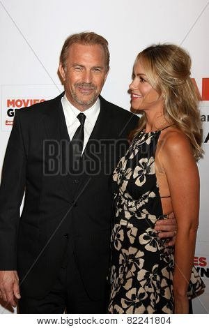 LOS ANGELES - FEB 2:  Kevin Costner at the AARP 14th Annual Movies For Grownups Awards Gala at a Beverly Wilshire Hotel on February 2, 2015 in Beverly Hills, CA