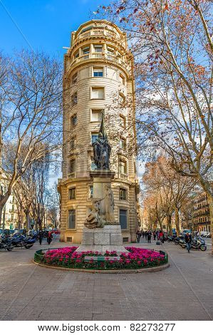 BARCELONA, SPAIN - JANUARY 13, 2015: Bronze statue by artist Rossend Nobas of Rafael Casanova - mayor of Barcelona, commander in chief of Catalonia, counselor and Catalan jurist.