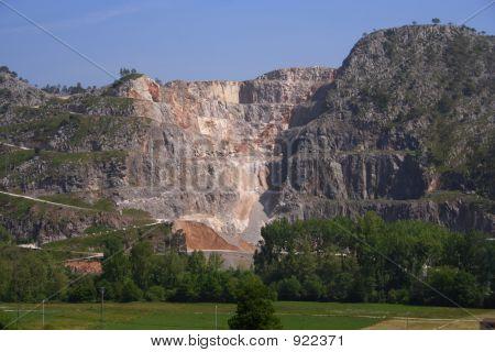 Limestone Rock Quarry