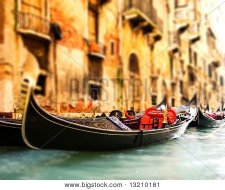Traditional Venice gandola ride (shallow DoF, focus on gandola)