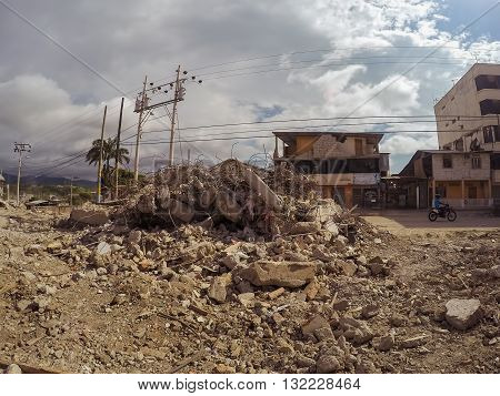 Manabi - 04 May 2016: Collapsed Buildings After An Major Earthquakes In Ecuador South America April 16Th 2016 In Manabi On May 04 2016
