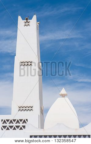 The minaret of Masjid Aqeel Mosque in Salalah Oman. The mosque was originally built in 1779 making it one of the oldest mosques in Salalah.