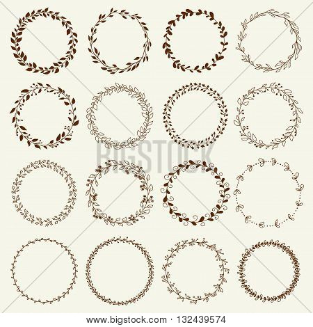 Beautiful Wreath Set Design. Easy to manipulate, re-size or colorize.