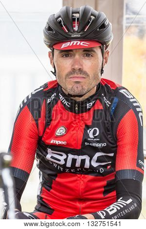 MELBOURNE, AUSTRALIA - FEBRUARY 1: Samuel Sanchez  before the start of the inaugral Cadel Evans Great Ocean Road Race