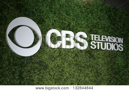LOS ANGELES - JUN 2:  CBS Emblem at the 4th Annual CBS Television Studios Summer Soiree at the Palihouse on June 2, 2016 in West Hollywood, CA