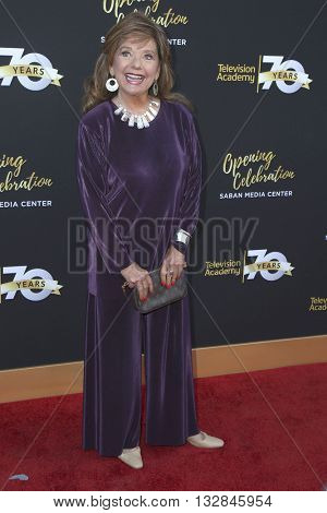 LOS ANGELES - JUN 2:  Dawn Wells at the Television Academy 70th Anniversary Gala at the Saban Theater on June 2, 2016 in North Hollywood, CA