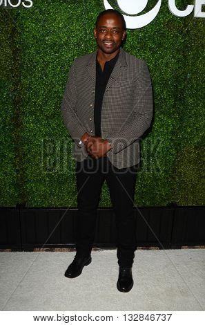 LOS ANGELES - JUN 2:  Dule Hill at the 4th Annual CBS Television Studios Summer Soiree at the Palihouse on June 2, 2016 in West Hollywood, CA