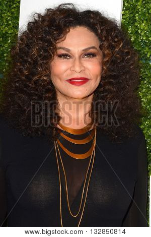 LOS ANGELES - JUN 4:  Tina Knowles at the 2016 Ladylike Women of Excellence Awards Gala at the Beverly Hilton Hotel on June 4, 2016 in Beverly Hills, CA