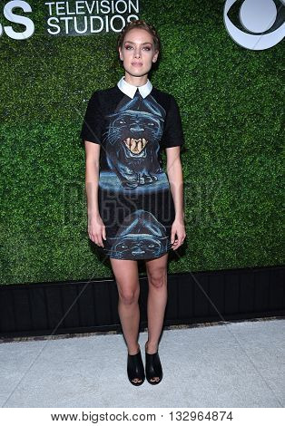 LOS ANGELES - JUN 02:  Rachel Skarsten arrives to the 2016 CBS Summer Soiree  on June 02, 2016 in Hollywood, CA.