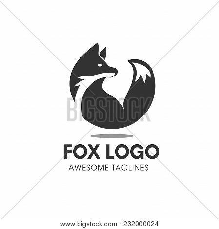 Fox Circle Vector Symbol, Fox Sign Or Logo Template. Creative Fox Animal Face Modern Simple Design C