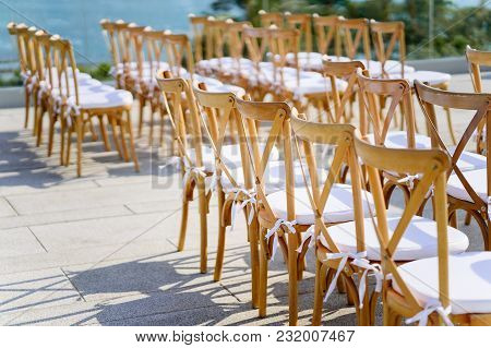 These Are A Popular Option For Any Wedding Style, Since They Can Be Easily Dressed Up Or Down With A