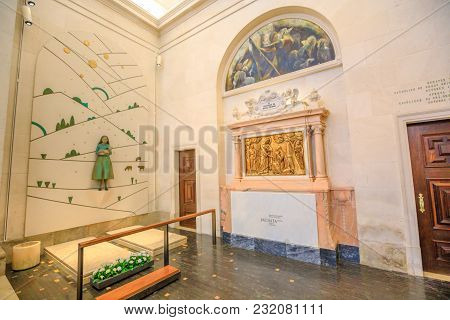Fatima, Portugal - August 15, 2017: Grave Of Jacinta One Of The Shepherds Who Saw The Apparitions Of