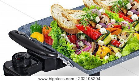 I Love To Eat Healthy Food And Make It More Yummy And Delicious With Green Veggies And Keep Warm On