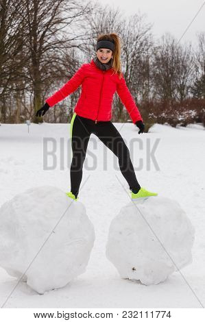 Outdoor Sport Exercises, Sporty Outfit Ideas. Woman Wearing Warm Sportswear Training Exercising Outs