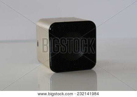 Speaker. Music Sound Speaker. Mp3 Loudspeaker. Electronics Booster.