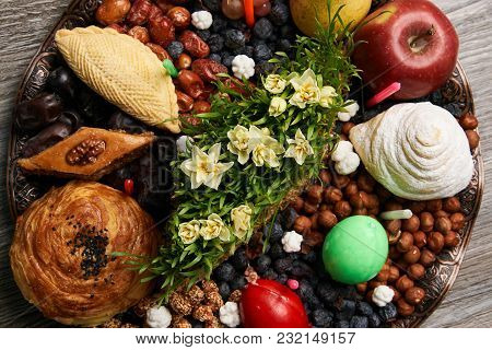 Novruz Tray Plate With Azerbaijan National Pastry Pakhlava , Shekerbura, Gogal And Dry Fruit Snack O