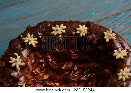 Karavai Loaf Cake On Wooden Rustic Table Background, Top View. Traditional Slavic Russian And Ukrani