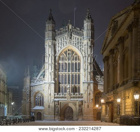 Bath Abbey At Night, In The Snow