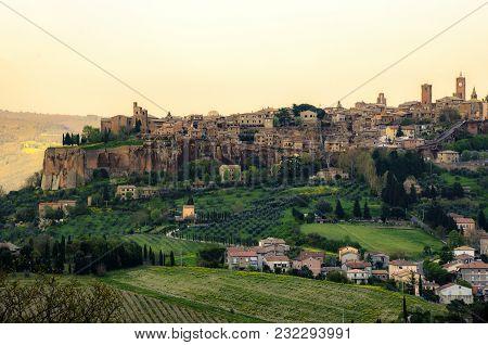 Orvieto - Umbria - Italy - Orvieto City Host The Famous Saint Patrick Well Or Pozzo Di San Patrizio