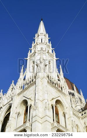 Details Of The Hungarian Parliament Building In Budapest