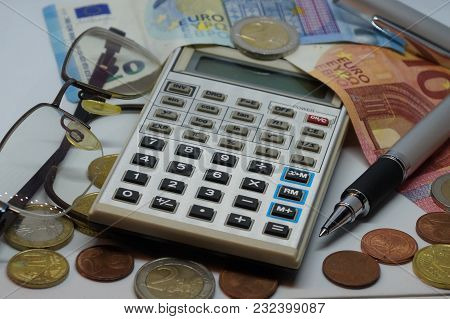 Use The Calculator To See What Are Your Earnings And What Are Your Costs