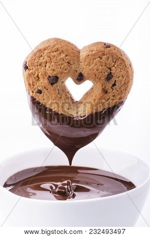 Biscuit Heart-shaped Chocolate Dipped In Melted Chocolate
