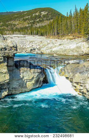 Fast Flowing Water, Elbow Fallsprovincial Recreation Area, Alberta, Canada
