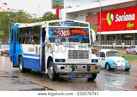 Acapulco, Mexico - May 31, 2017: Taxi Car Volkswagen Beetle And Urban Bus International 3800 In The