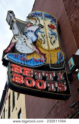 Nashville, Tennessee, Usa - March 19, 2018: Betty Boots Neon Sign At Lower Broadway Area Advertising