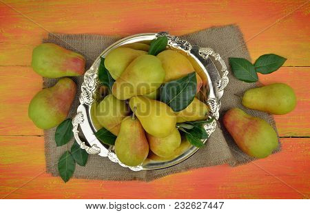 Pears.  Fruit Background.  Organic Pears On Old Sacking.  Autumn Harvest. Juicy Flavorful Pears Of R