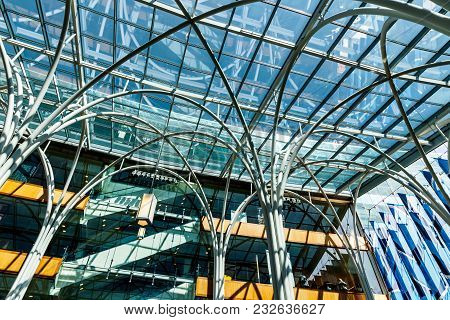 Indianapolis - Circa March 2018: Glass Encased Atrium At The Indianapolis Central Library. The 10,00