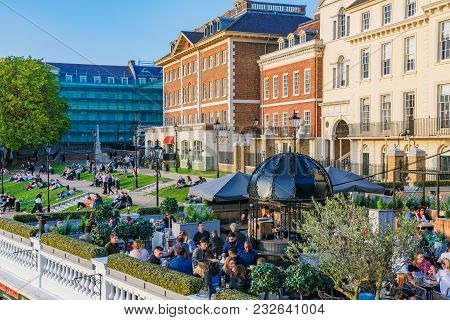 London, United Kingdom - October 16: View Of The Riverside Park Area In Richmond With Traditional Br