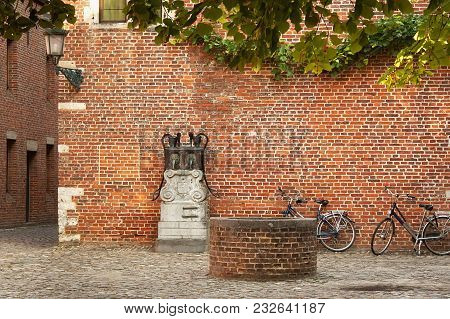 Old Historic Yard In Groot Begijnhof Of Leuven. Is A Well Preserved Beguinage And Completely Restore