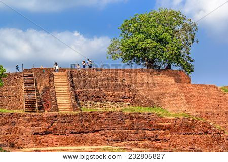Sigiriya, Sri Lanka - January 4, 2018. Ruins Of Ancient Buildings On The Top Of Sigiriya Lion Rock O