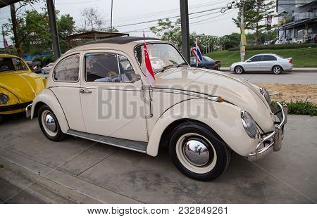 Nonthaburi, Thailand - March 10, 2018: Singapore Vw Owner Join In Volkswagen Club Meeting At Car Par