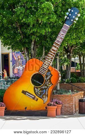 Nashville, Tn Usa - 08/06/2014 -  Opryland Entrance Acoustic Guitar