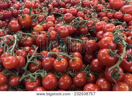 tomatoes on market, Raw tomatoes. Fresh tomatoes. Red tomatoes. Village market organic tomatoes