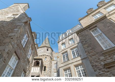Historic Norman Stone Houses In The Saint-malo Intra-muros Neighboorhood