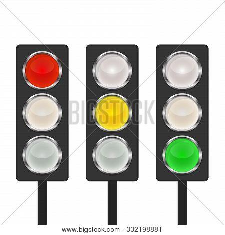 Traffic Light Icon - Vector. Traffic Light Icon Isolated. Shiny Traffic Light Icon.