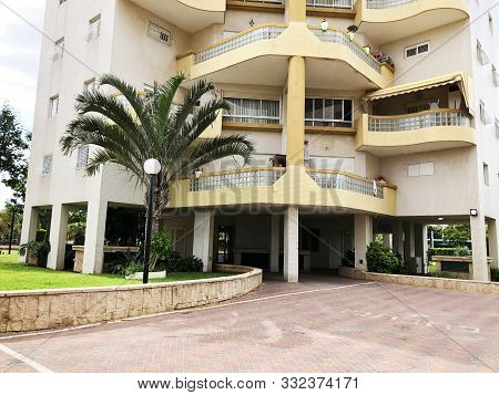 Rishon Le Zion, Israel  October 07, 2019: Residential Buildings And Plants In Rishon Le Zion, Israel
